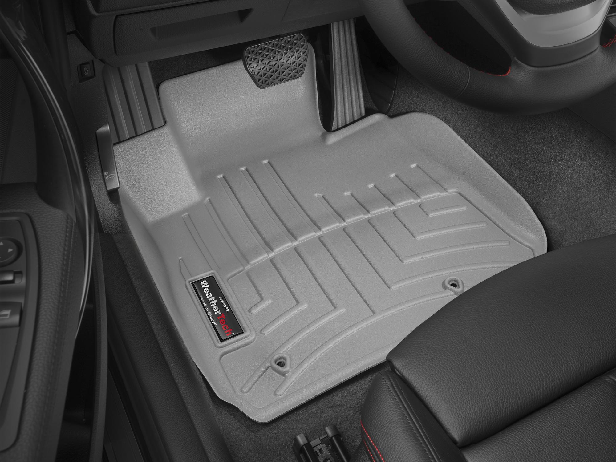 BMW M3 (F80) 15>17 Tappeti gomma su misura bordo alto grigio