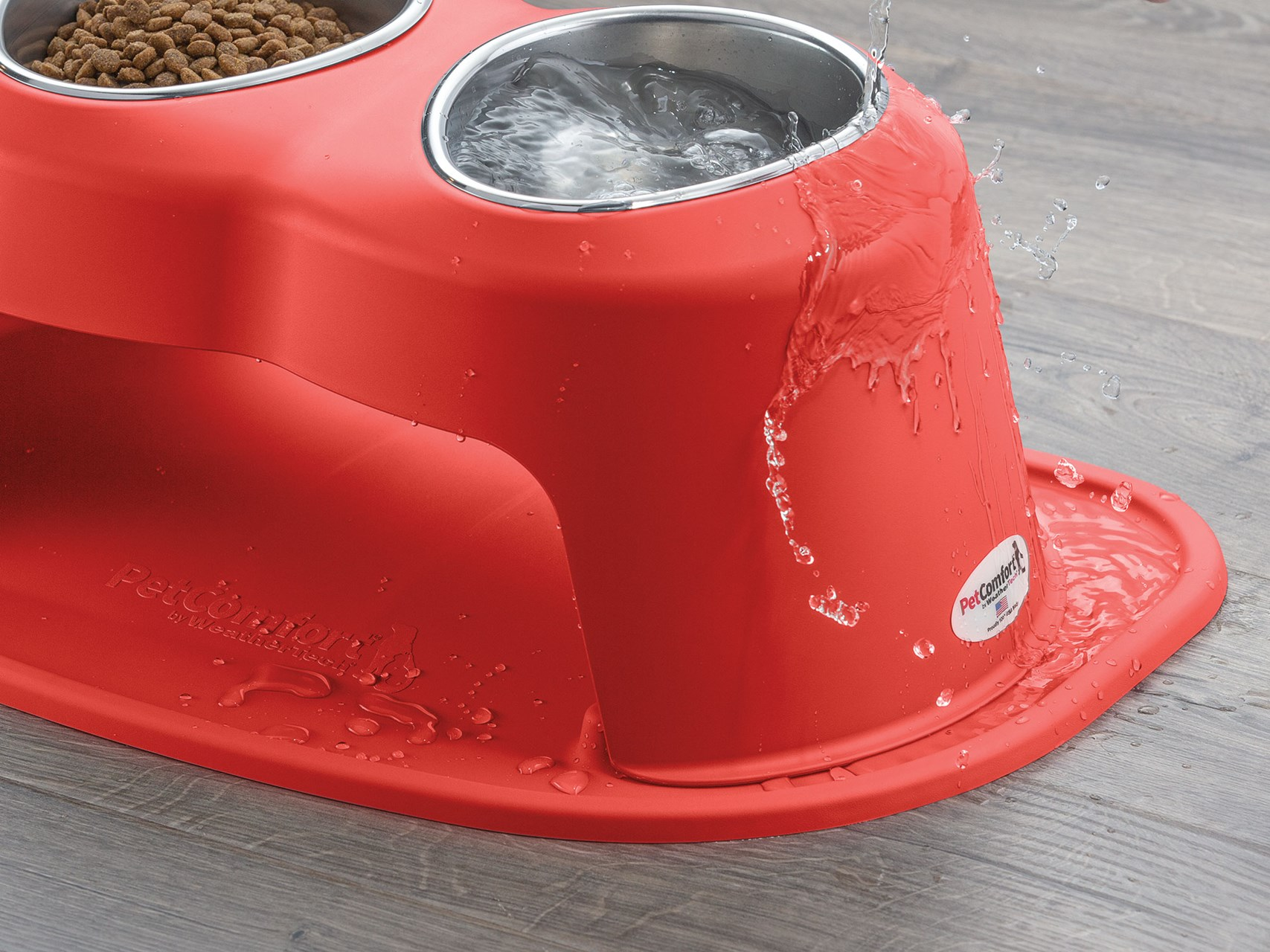 PetComfort_Web_Redesign_DoubleHigh_Sloping_Surface_Spillage_Red_doublehigh