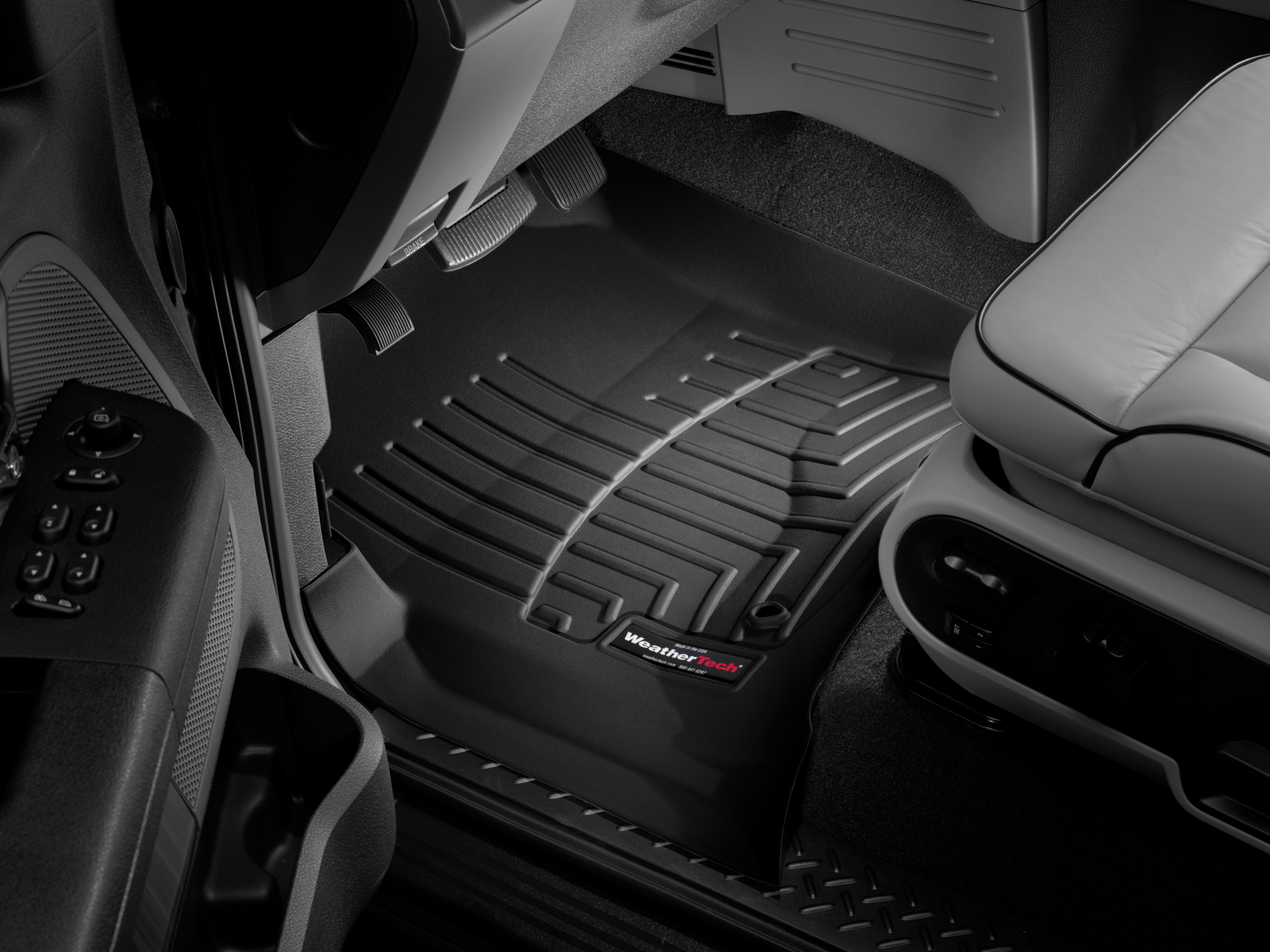 Tappeti gomma su misura bordo alto Ford F-150 04>04 Nero A885*