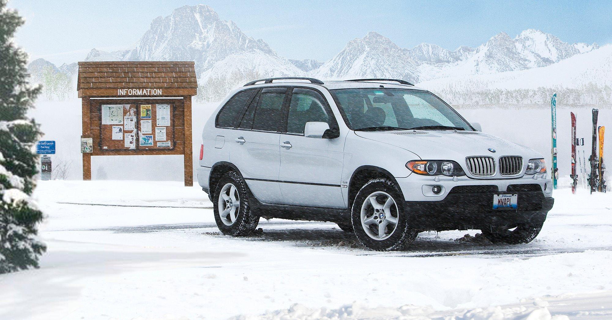 Vehicle on mountainside