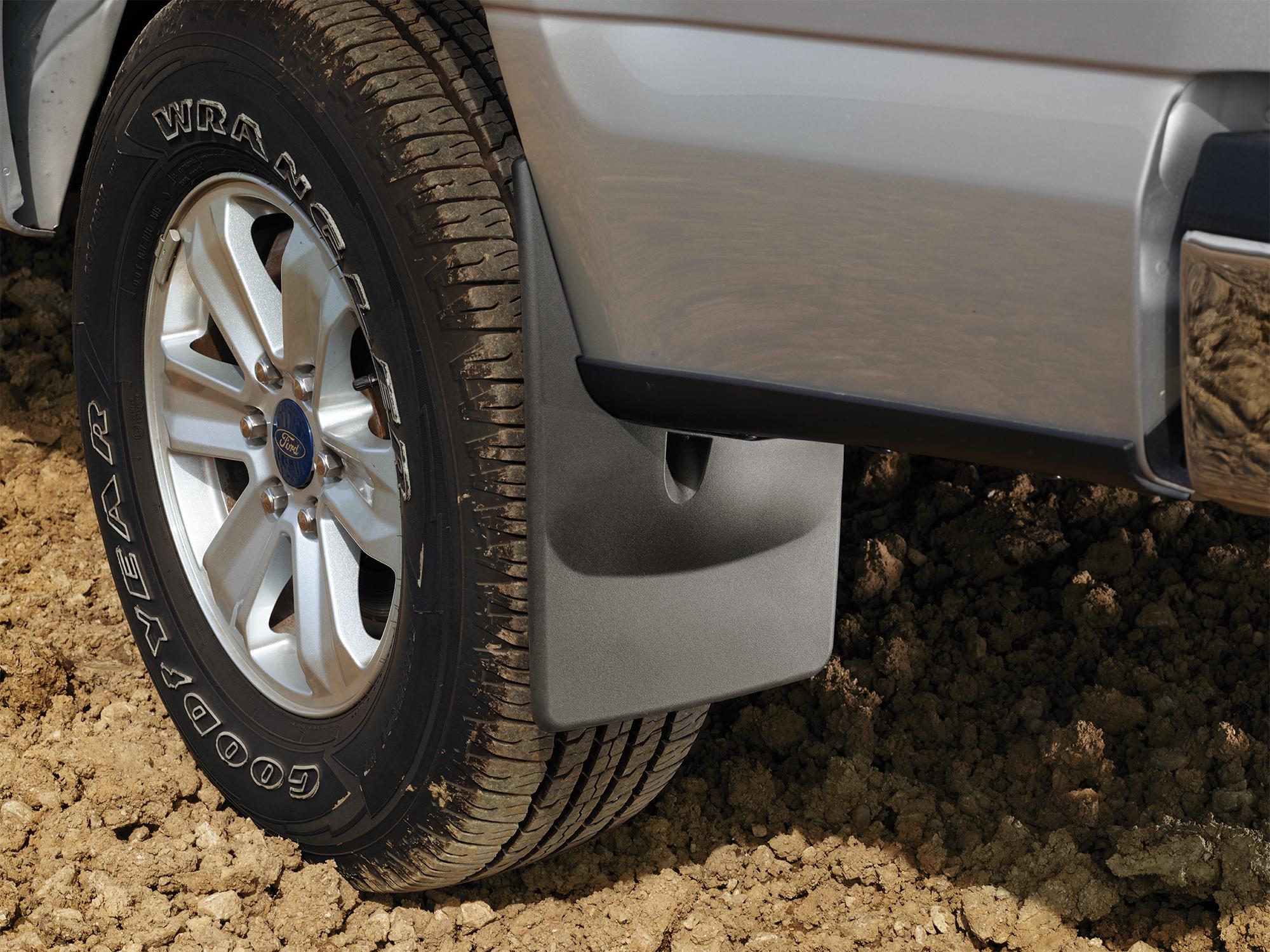 Dirt_FordF150_mudflap