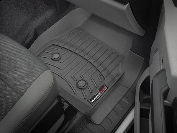 FloorLiner for Vinyl in vehicle