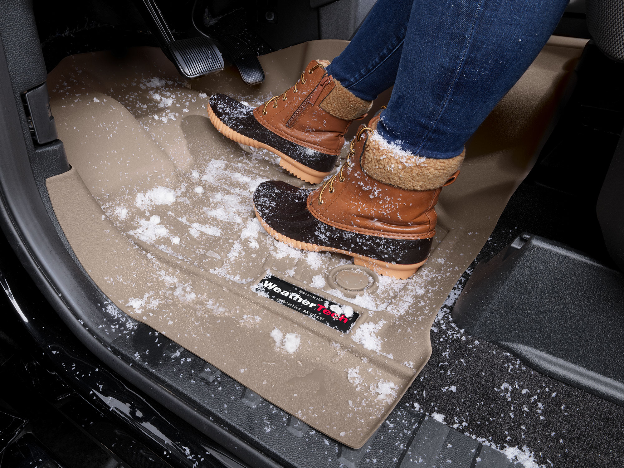 FloorLiner with boots and snow