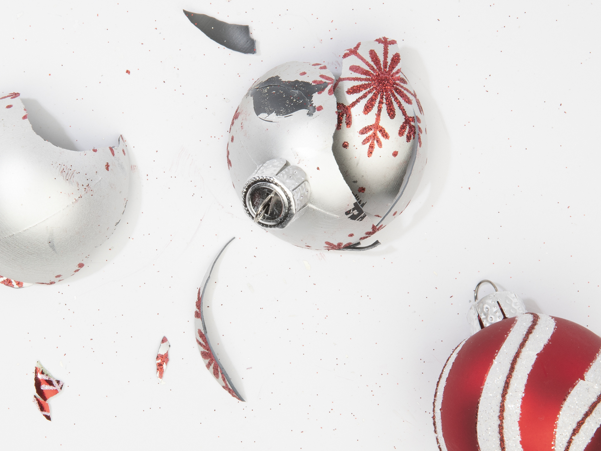 Broken ornaments can risk pet safety