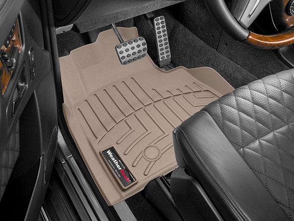 Floorliner installed in car