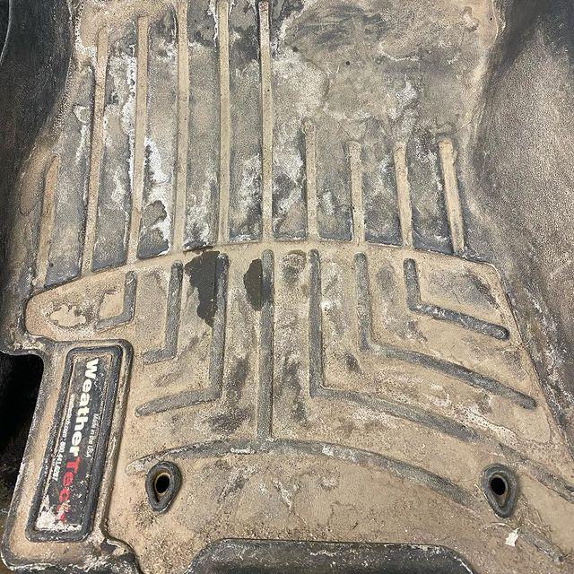 Dirty FloorLiner
