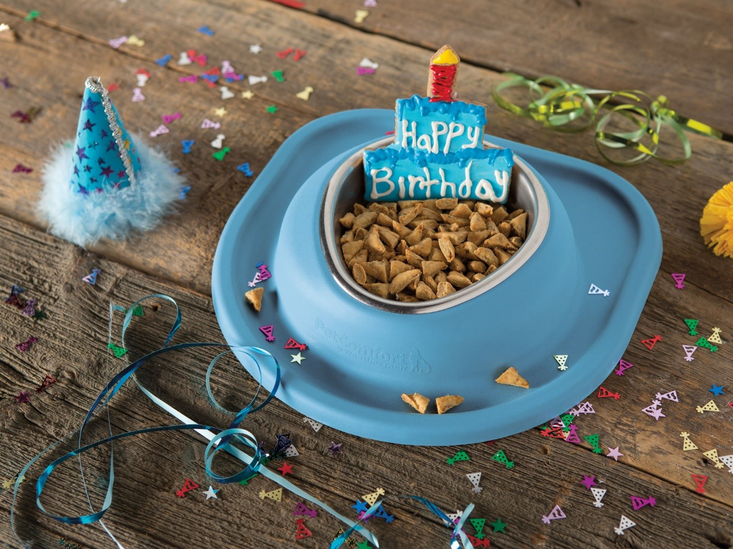 cat_birthday_treat_in_a_weathertech_pet_feeding_system