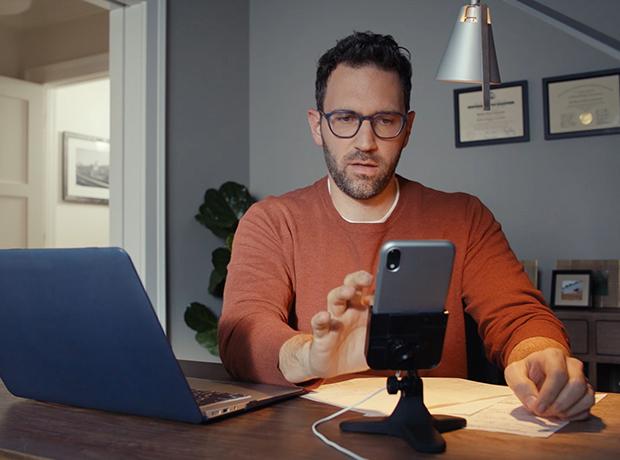 WeatherTech DeskFone - Mobile Phone Holder